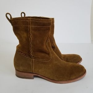 Frye size 6.5 suede boots